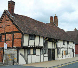 Tudor cottage in Stratford-upon-Avon